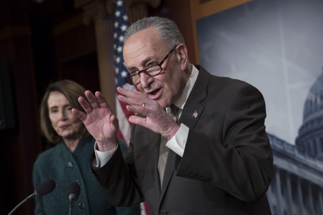 1528102-senateur-democrate-chuck-schumer-photo