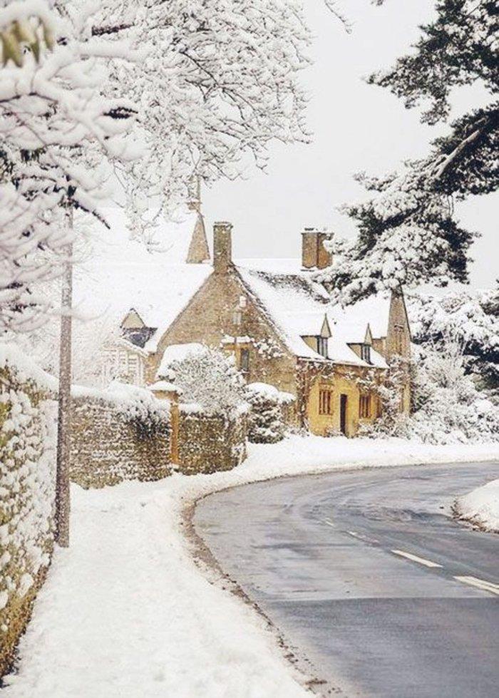 stupefiant-fond-ecran-montagne-images-de-neige-maisons