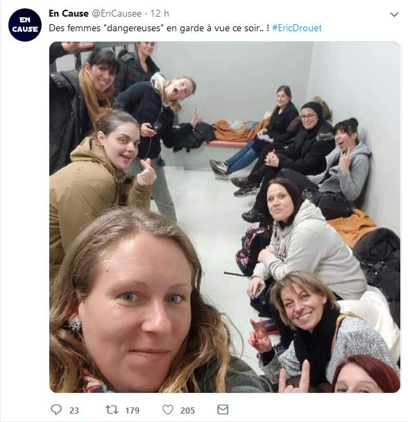 arrestation femmes.png