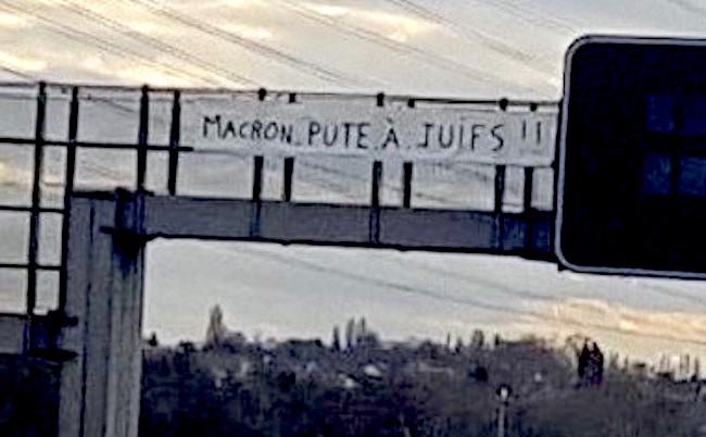 Macron pute à juifs.jpg